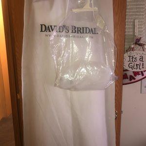 Brand New David's Bridal Wedding Dress & Veil